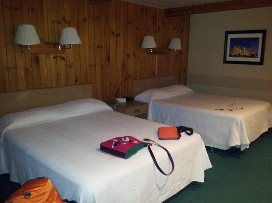 bryce canyon pines motel reviews