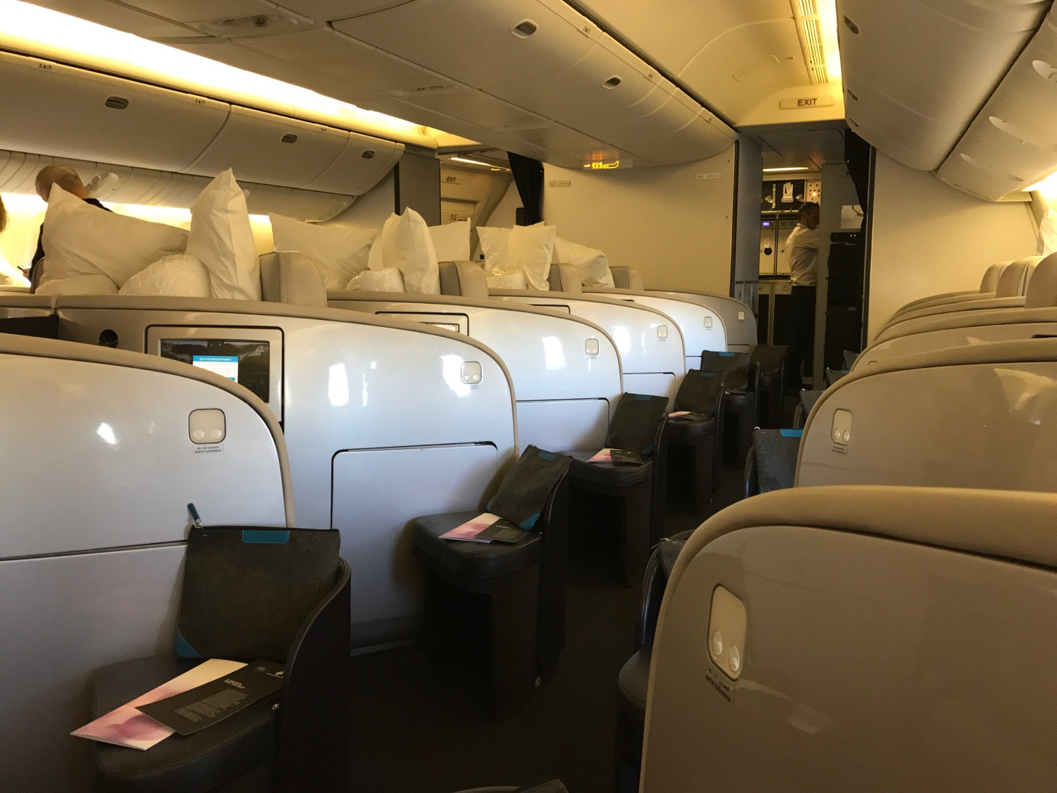 air new zealand auckland to los angeles review