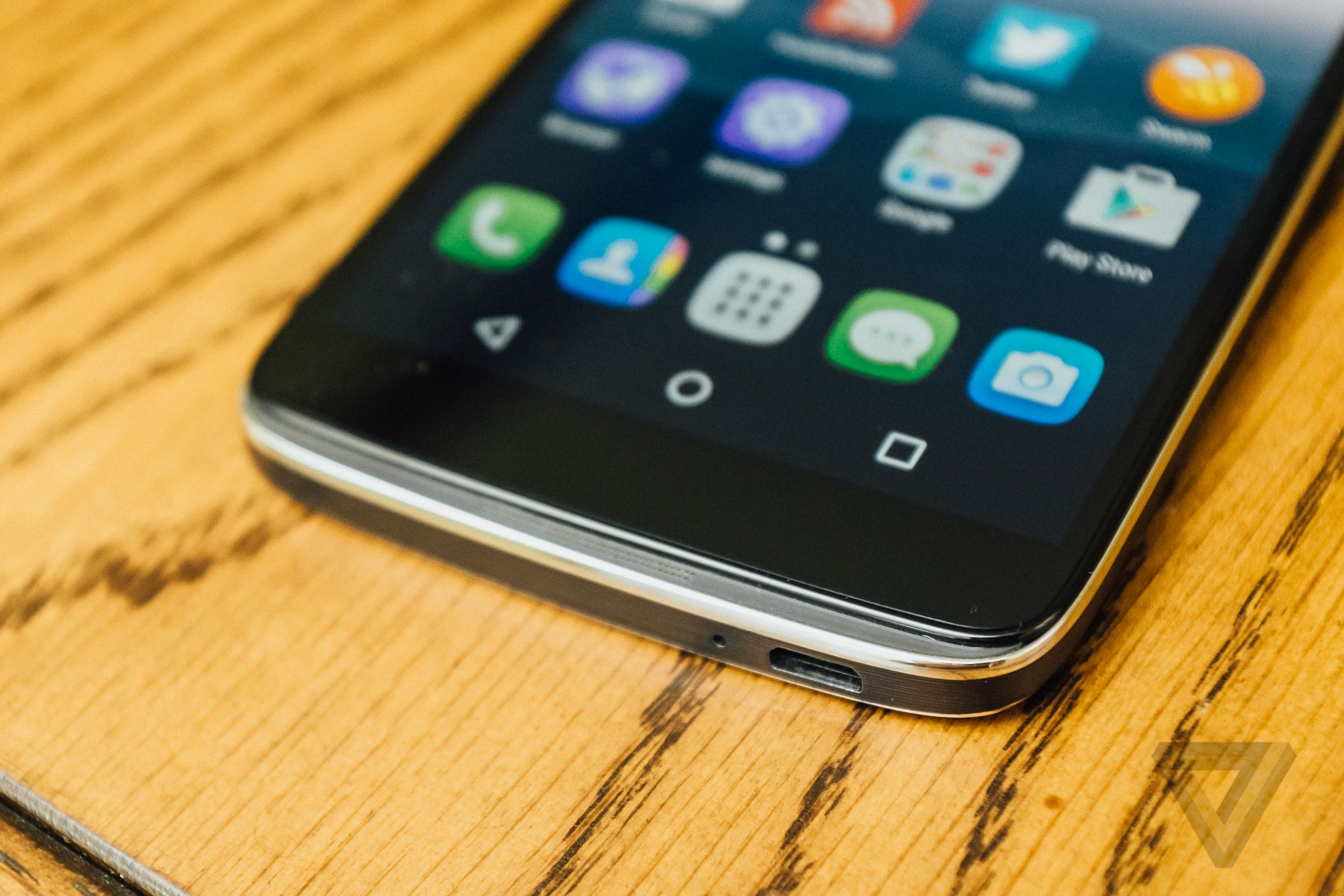 alcatel one touch idol 3 review