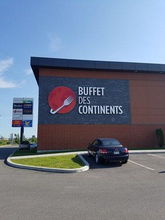 buffet des continents st jerome reviews