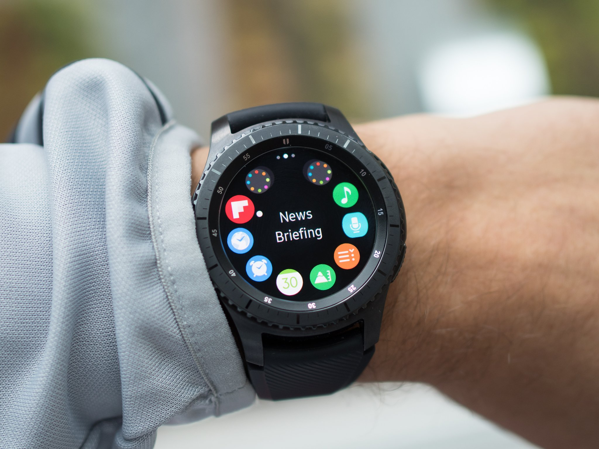 gear s3 frontier review 2018