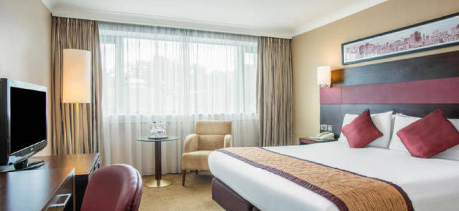 crowne plaza hotel manchester airport reviews