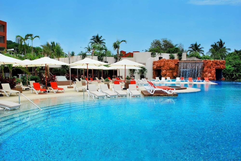 holiday inn resort ixtapa all inclusive reviews